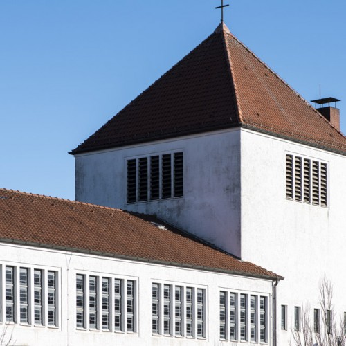 Kirche St. Joseph, Mastbruch,Glockenturm über dem Altarraum