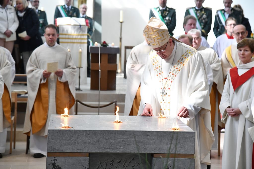 Bilder von der Altarweihe