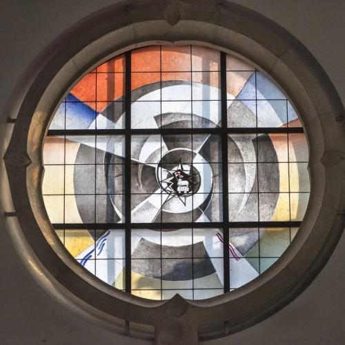 Kirche St. Joseph, Mastbruch, Rundfenster In Der Chor-Abschlusswand Nach Osten Hinter Dem Altar