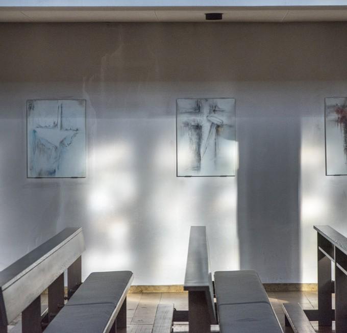 Kirche St. Joseph, Mastbruch, Zeichnungen zum Kreuzweg im linken Seitenschiff