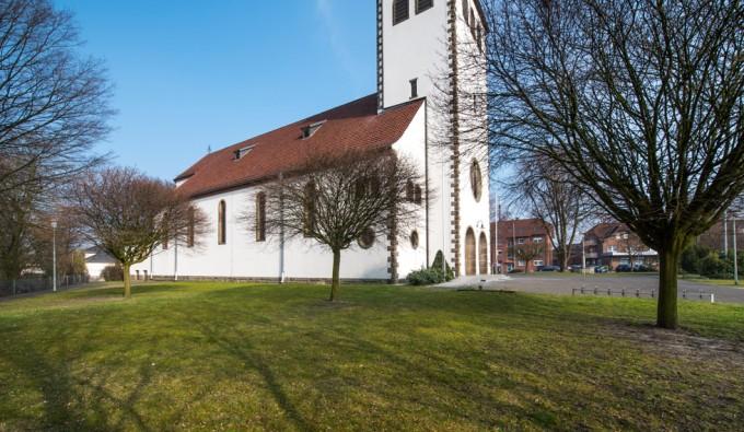 Sande St. Marien, Außenansicht von Norden