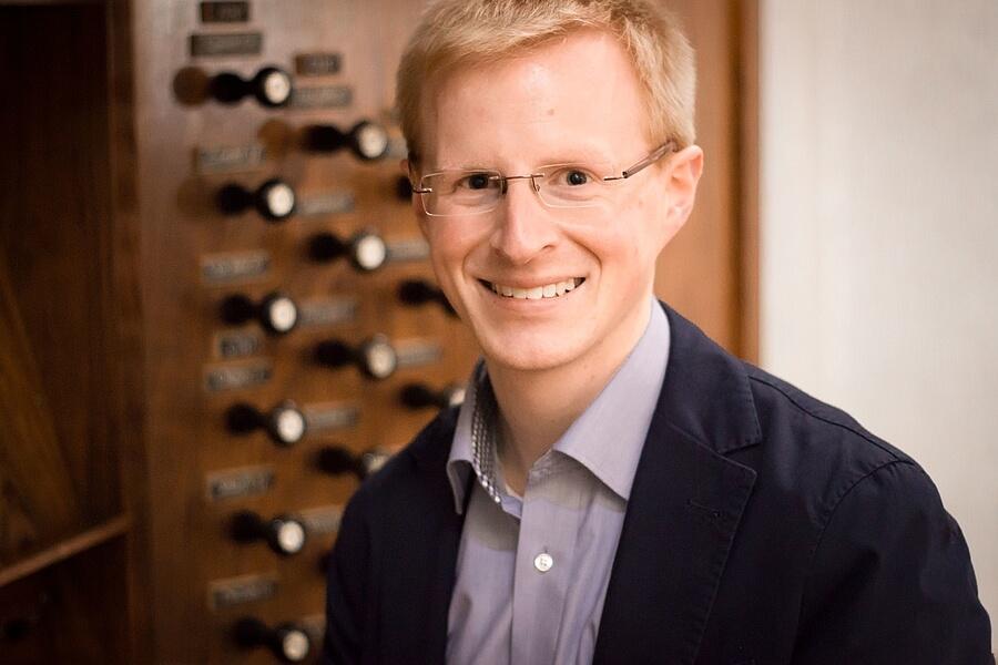 Dekanatskirchenmusiker Sebastian Freitag